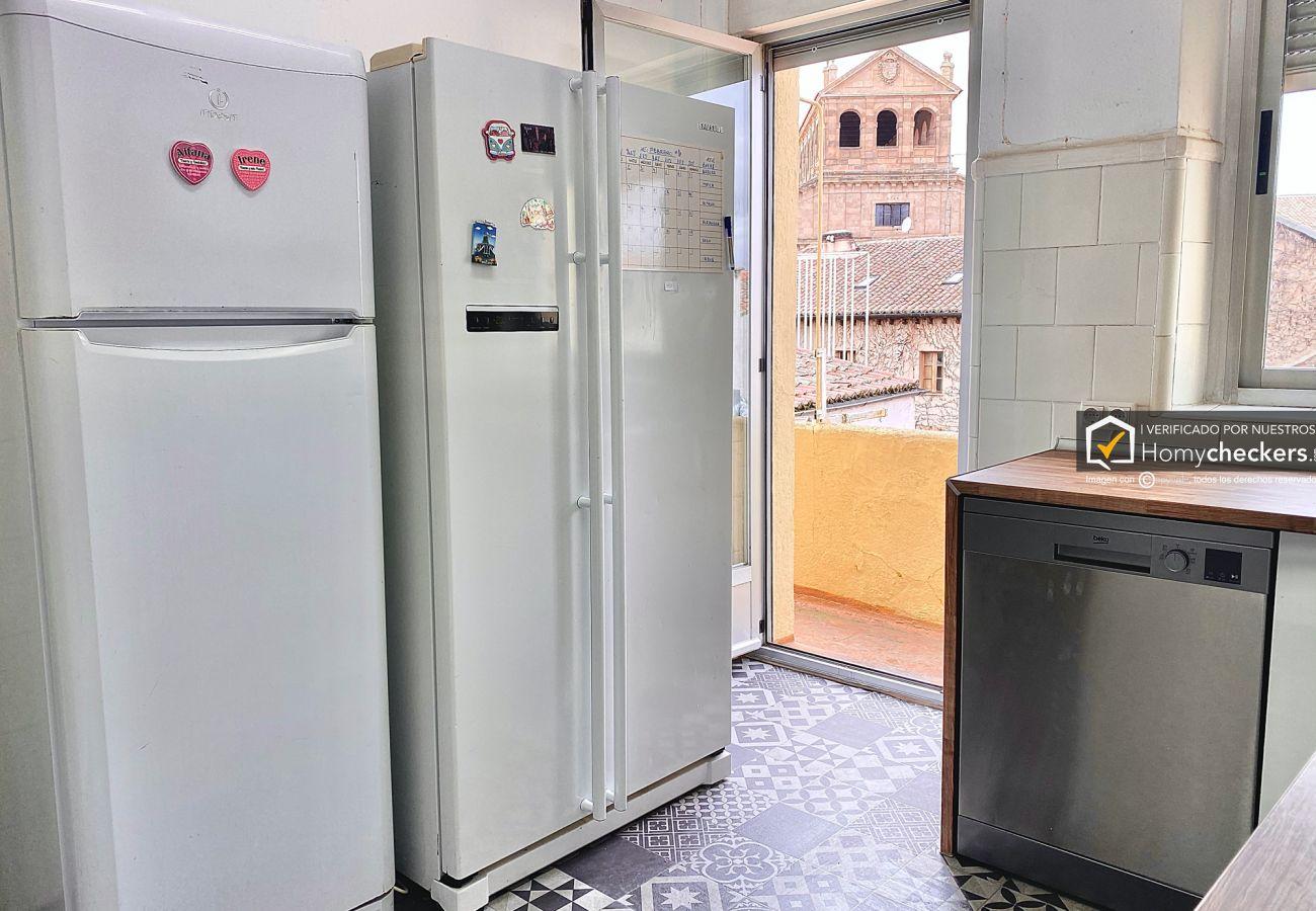 Alquiler por habitaciones en Salamanca - HABITACIÓN RUA 20   5