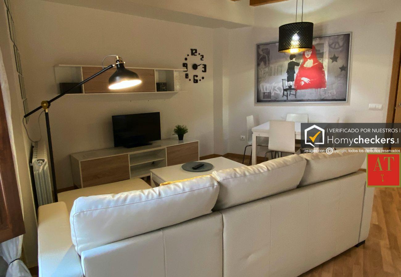 Apartamento en Salamanca - HomyAT MELENDEZ