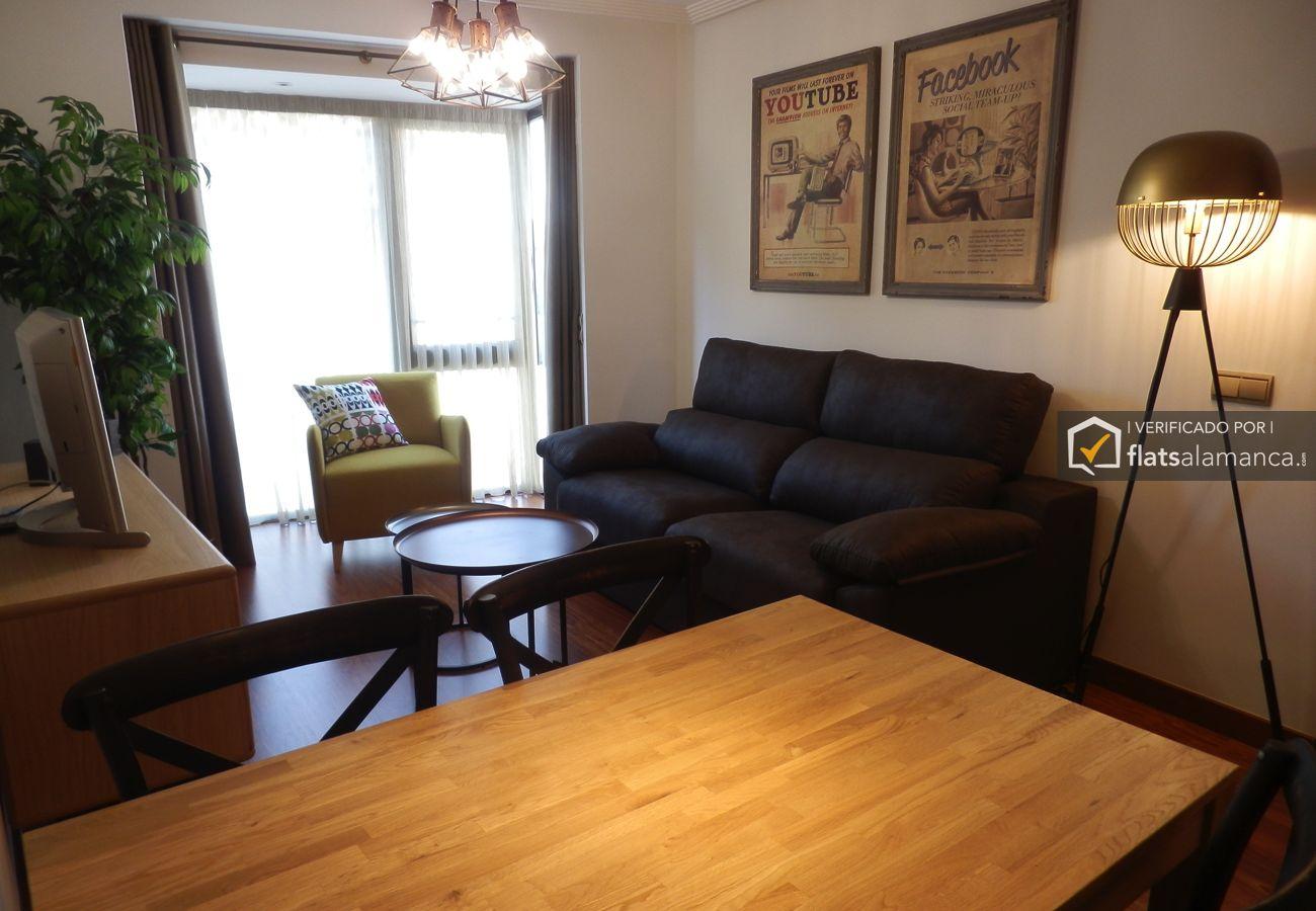 Apartment in Salamanca - VIVIENDA VINTAGE CENTRO